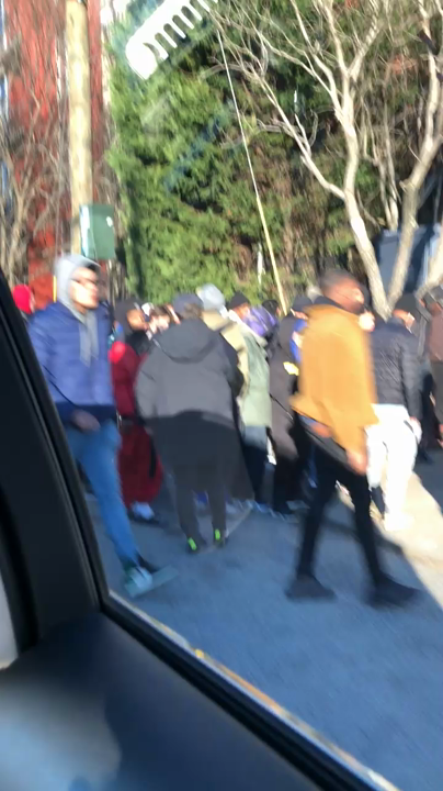 Insane Line At Nike SNKRS Atlanta Pop Up - TheShoeGame com